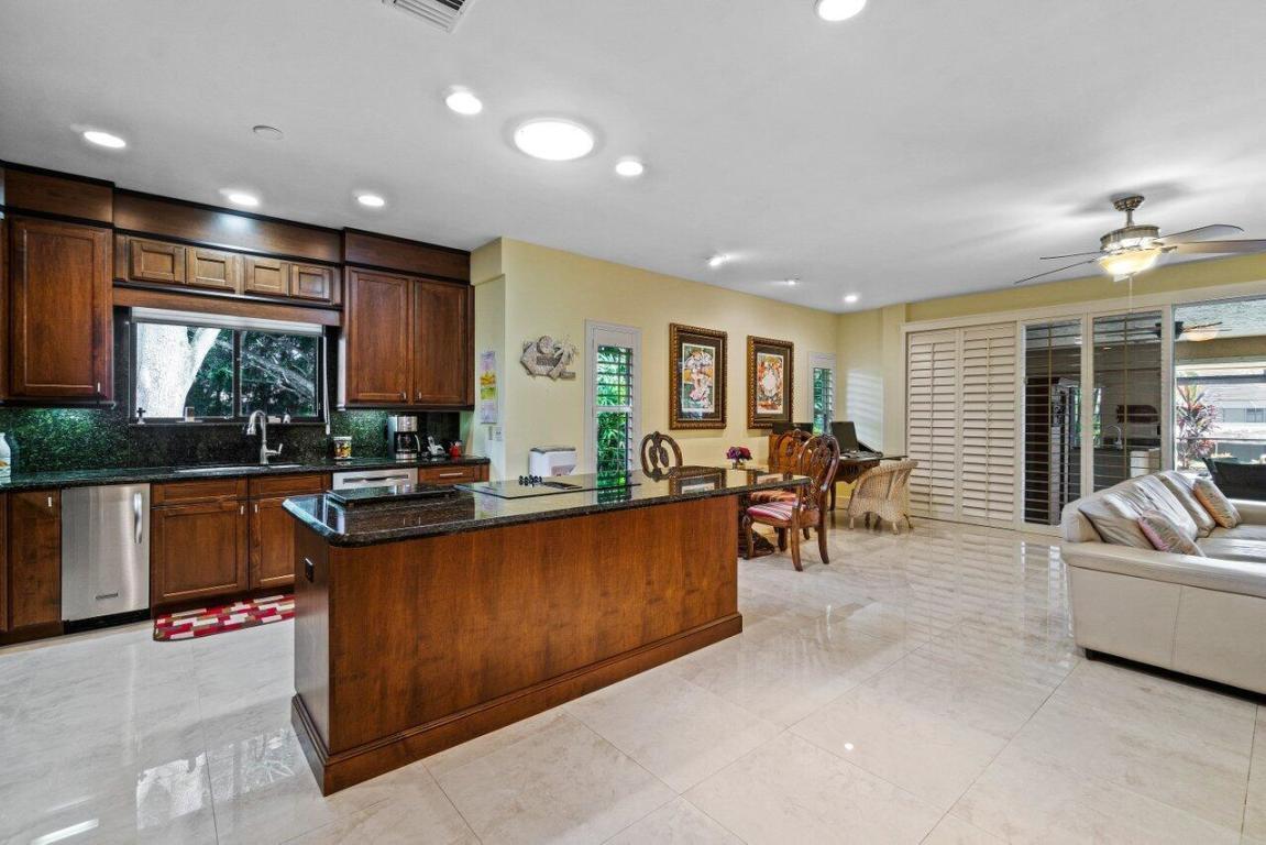 14 Alston Road, Palm Beach Gardens, FL, 33418