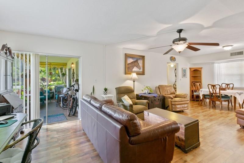 5570 Tamberlane Circle 130, Palm Beach Gardens, FL, 33418