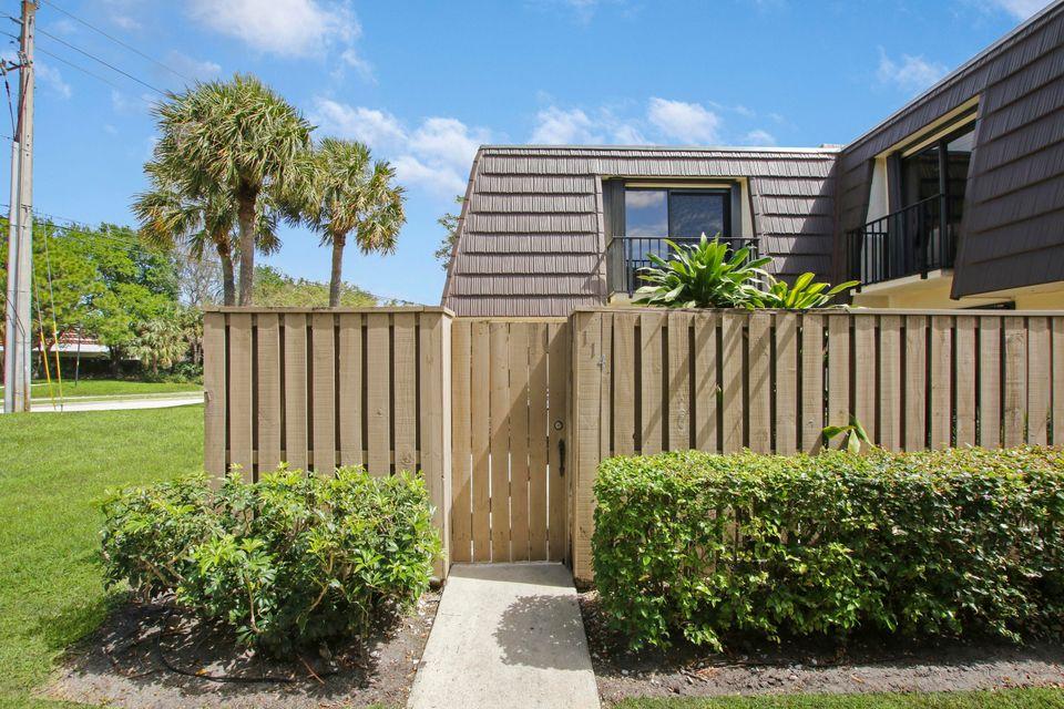 114 1st Court, Palm Beach Gardens, FL, 33410