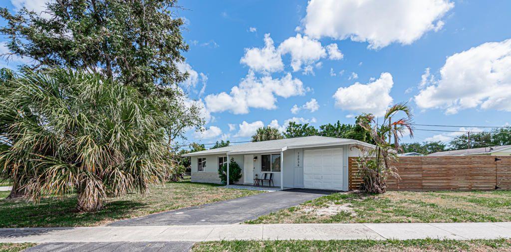 12036 Acapulco Avenue, Palm Beach Gardens, FL, 33410