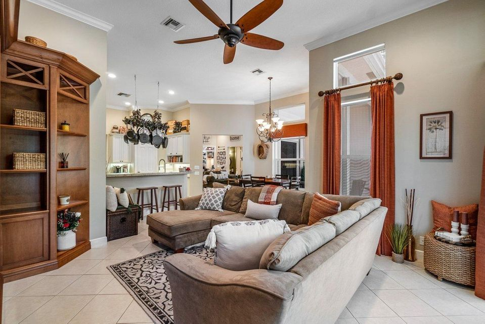 101 Chasewood Circle, Palm Beach Gardens, FL, 33418