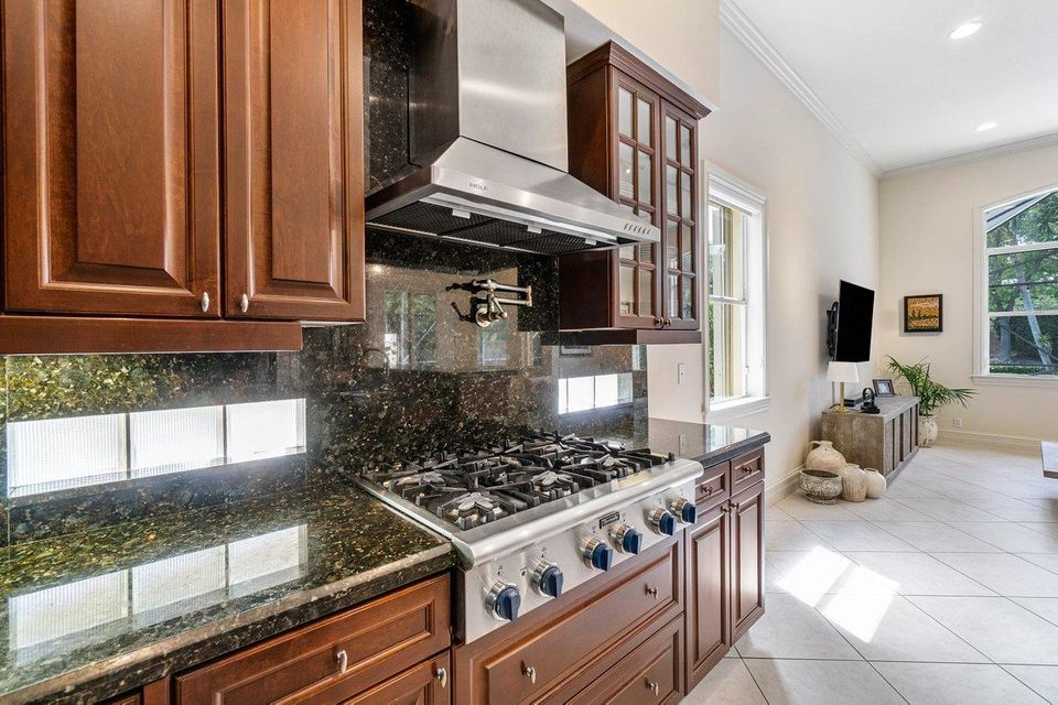 205 Sedona Way, Palm Beach Gardens, FL, 33418