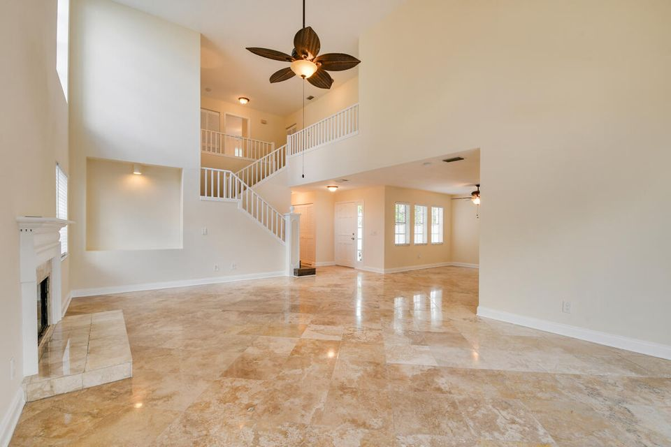 26 S Dorchester Circle, Palm Beach Gardens, FL, 33418