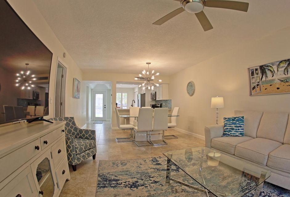 102 Brackenwood Road, Palm Beach Gardens, FL, 33418