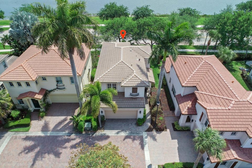 558 Tomahawk Court, Palm Beach Gardens, FL, 33410