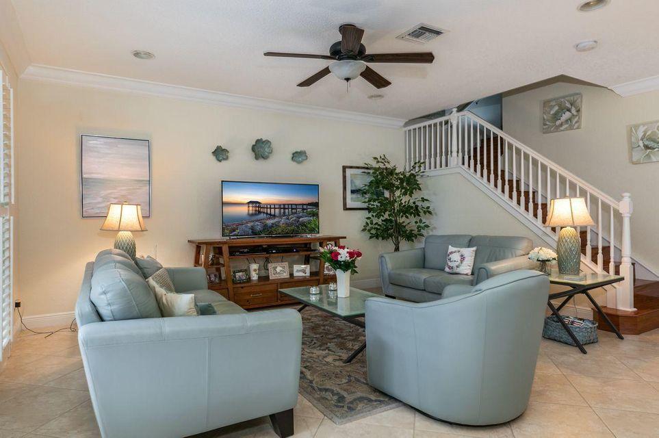 5018 Dulce Court, Palm Beach Gardens, FL, 33418