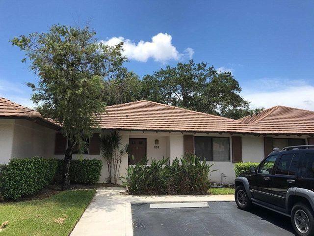 202 Club Drive, Palm Beach Gardens, FL, 33418