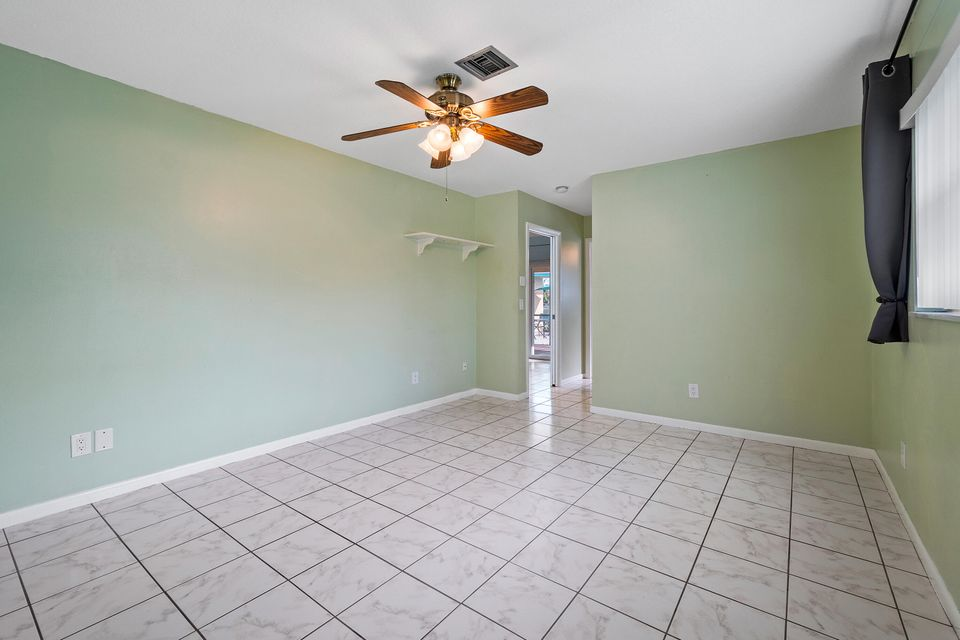 9844 Dogwood Avenue, Palm Beach Gardens, FL, 33410