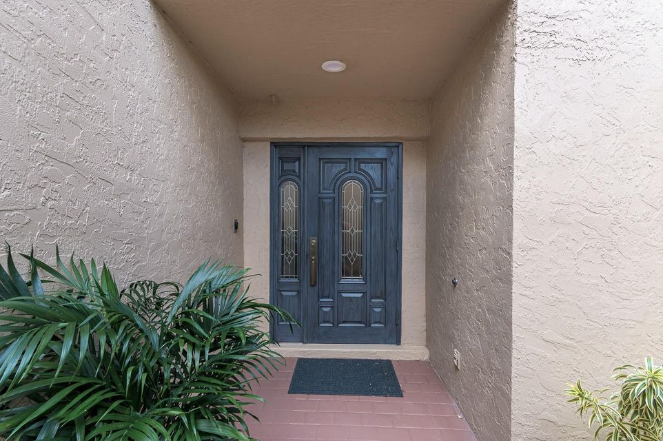 23 Balfour Road W, Palm Beach Gardens, FL, 33418