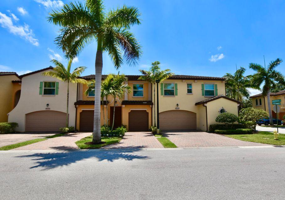 4658 Mediterranean Circle, Palm Beach Gardens, FL, 33418