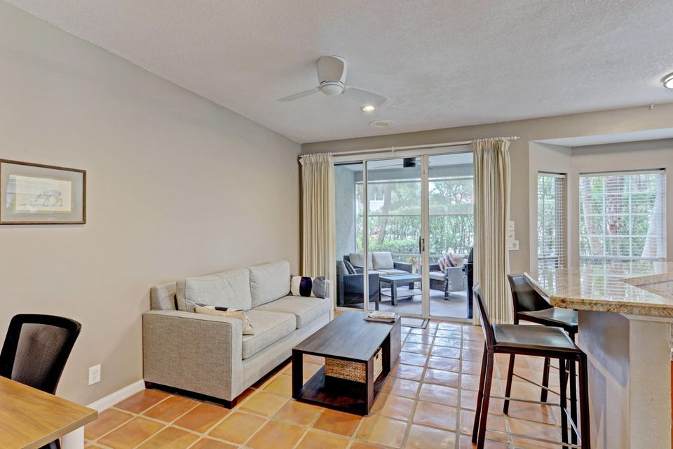 205 Woodsmuir Court, Palm Beach Gardens, FL, 33418