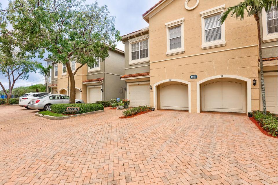 4921 Bonsai 105 Circle Apt 105, Palm Beach Gardens, FL, 33418