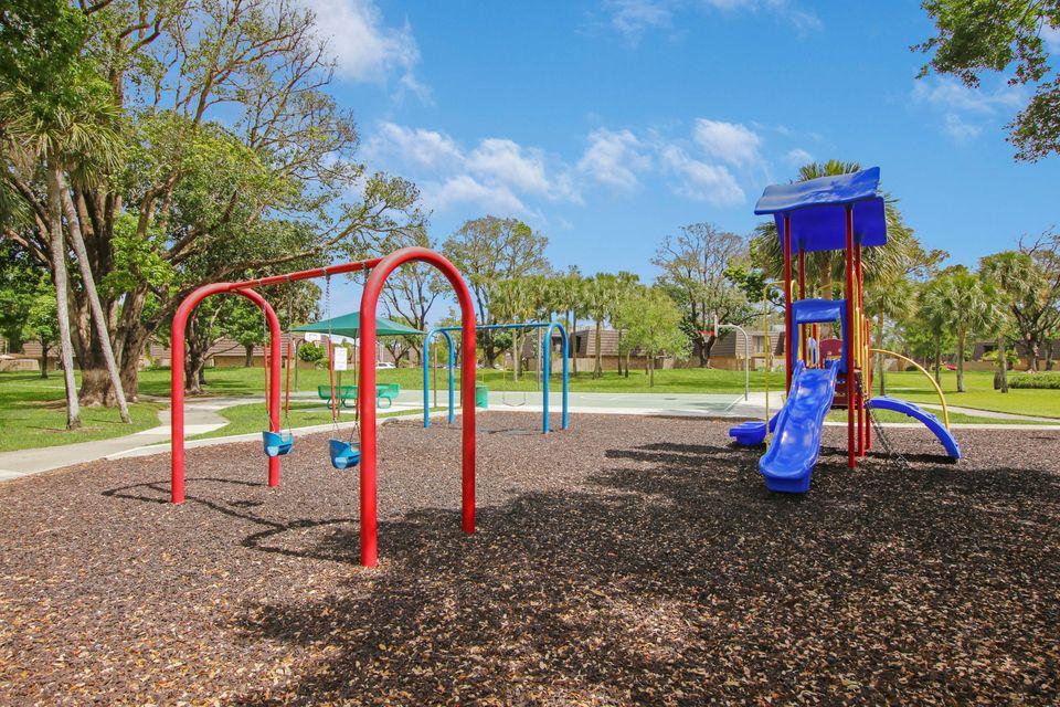 107 1st Court, Palm Beach Gardens, FL, 33410