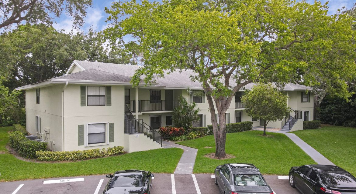 1201 Sabal Ridge Circle B, Palm Beach Gardens, FL, 33418