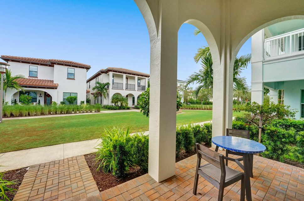 7041 Edison Place, Palm Beach Gardens, FL, 33418