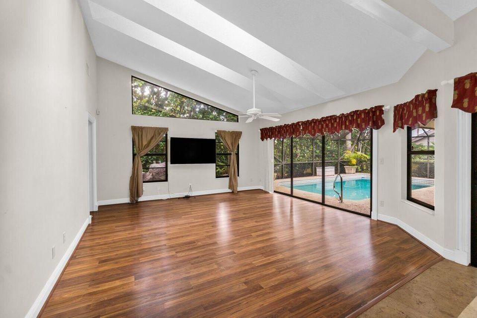 5008 Whispering Hollow, Palm Beach Gardens, FL, 33418