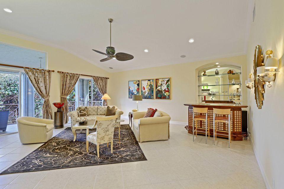 103 Palm Bay Circle D, Palm Beach Gardens, FL, 33418