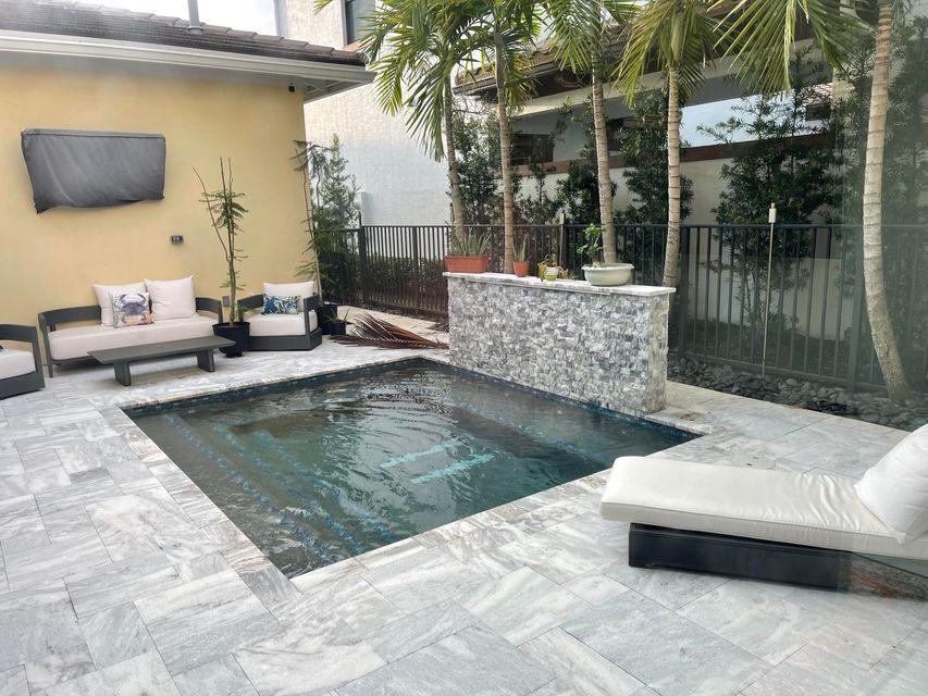 2098 Dickens Terrace, Palm Beach Gardens, FL, 33418