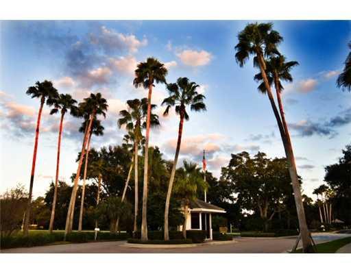 393 Kelsey Park Drive, Palm Beach Gardens, FL, 33410