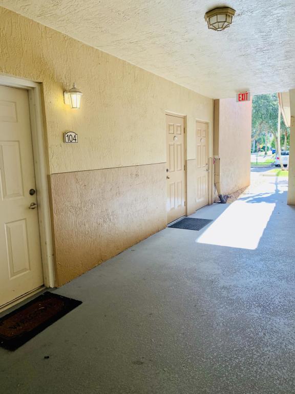 11022 Legacy Drive 104, Palm Beach Gardens, FL, 33410