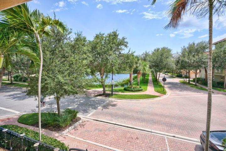 2511 San Pietro Circle, Palm Beach Gardens, FL, 33410