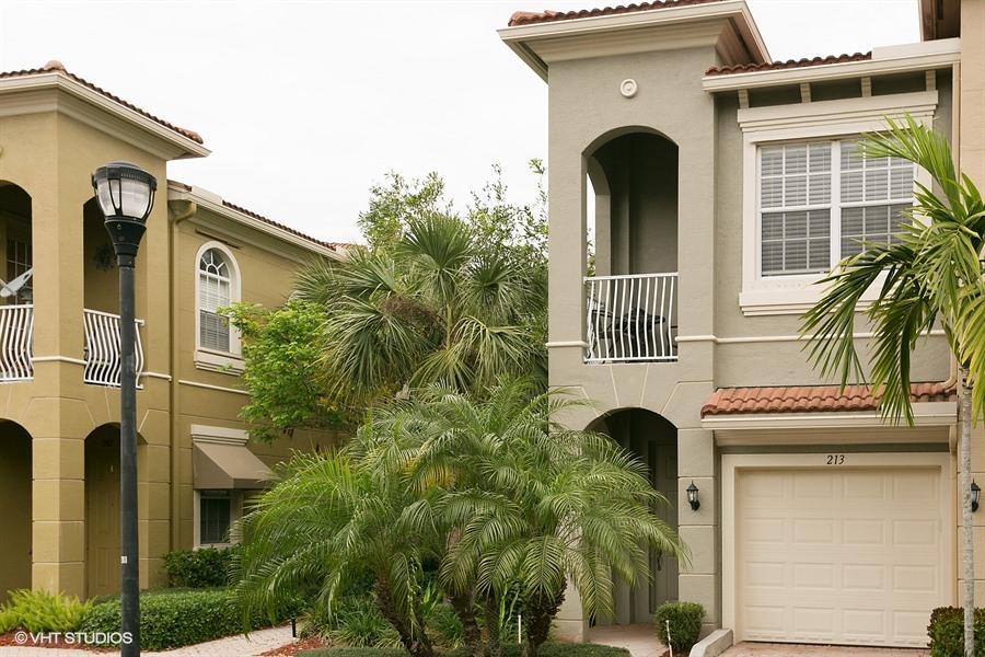 4861 Bonsai Circle 213, Palm Beach Gardens, FL, 33418