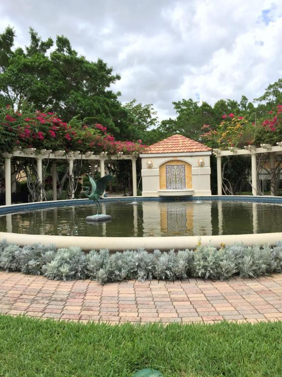 21 Via Verona, Palm Beach Gardens, FL, 33418