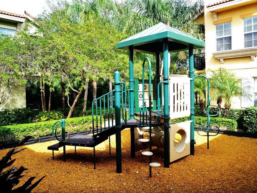 2489 San Pietro Circle, Palm Beach Gardens, FL, 33410