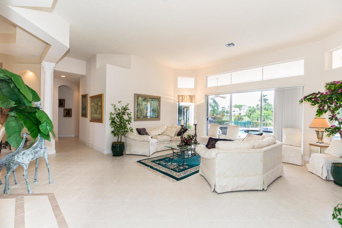 8591 Gullane Court, Palm Beach Gardens, FL, 33412