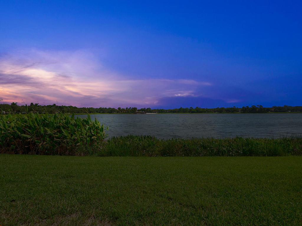 199 Evergrene Parkway 17-B, Palm Beach Gardens, FL, 33410