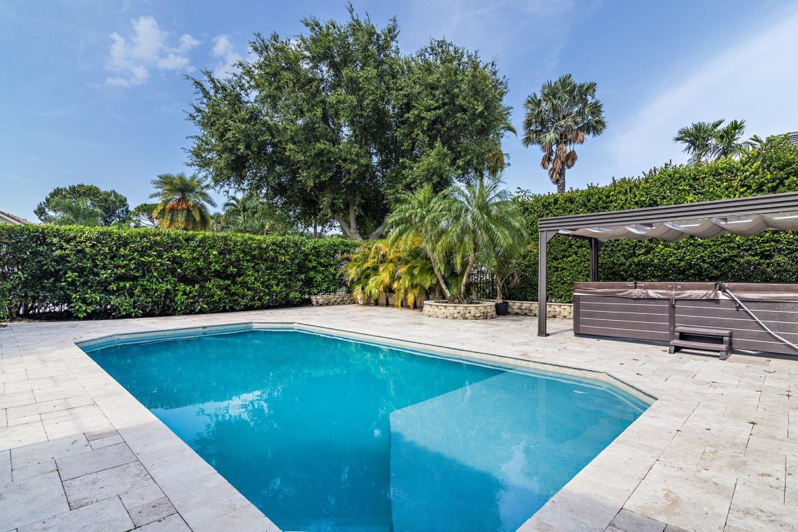 125 Pembroke Drive, Palm Beach Gardens, FL, 33418