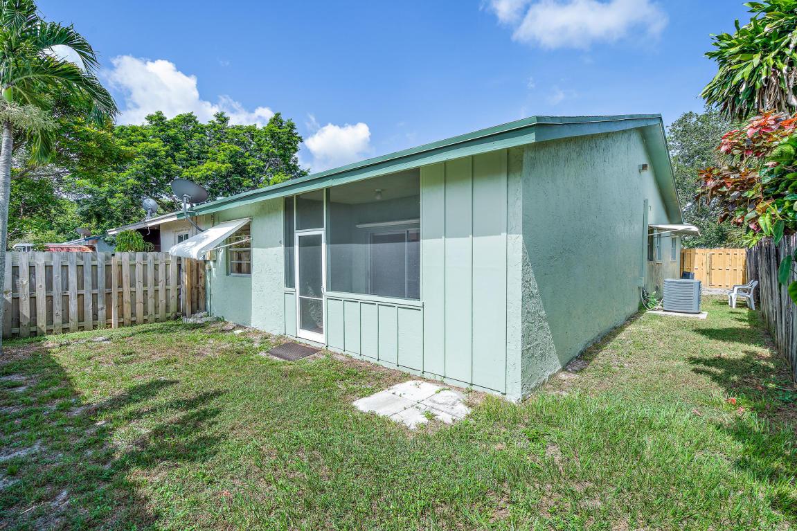 8618 Pluto Terrace, Palm Beach Gardens, FL, 33403