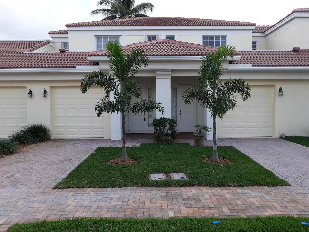 528 Commons Drive, Palm Beach Gardens, FL, 33418