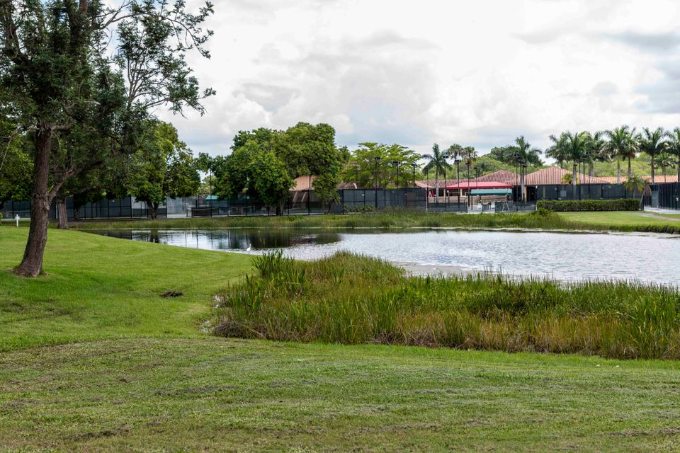 517 Club Drive 517, Palm Beach Gardens, FL, 33418
