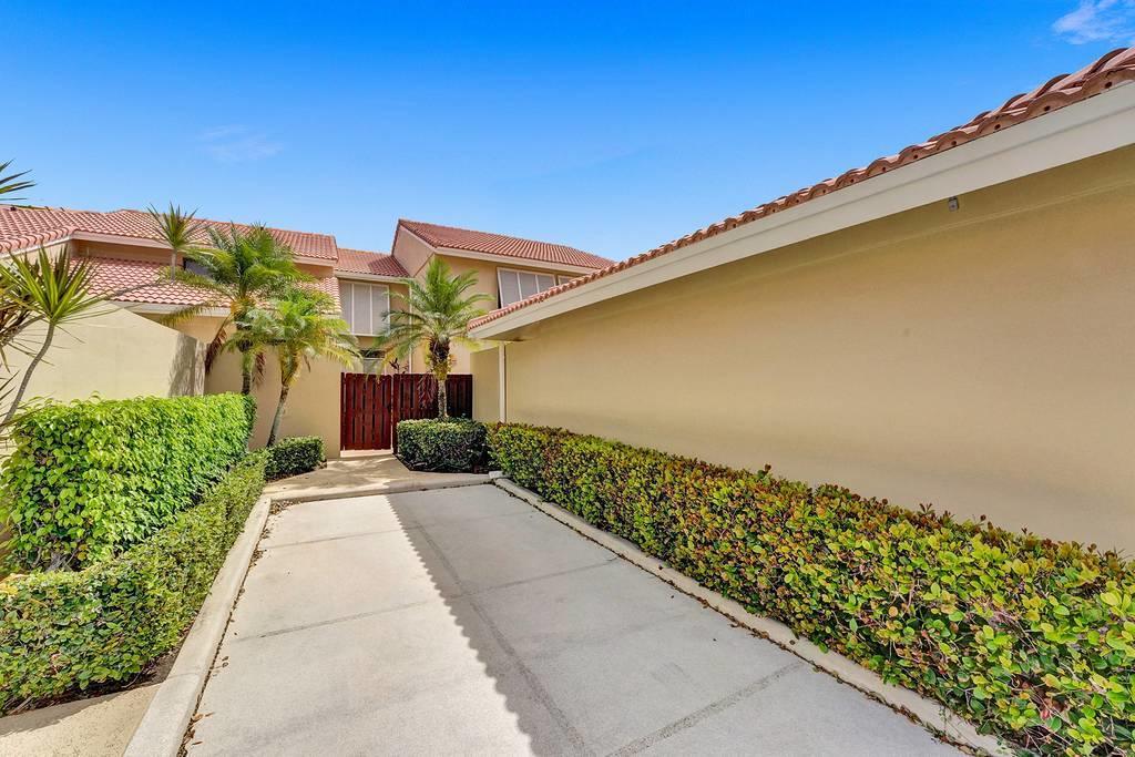 131 Old Meadow Way, Palm Beach Gardens, FL, 33418