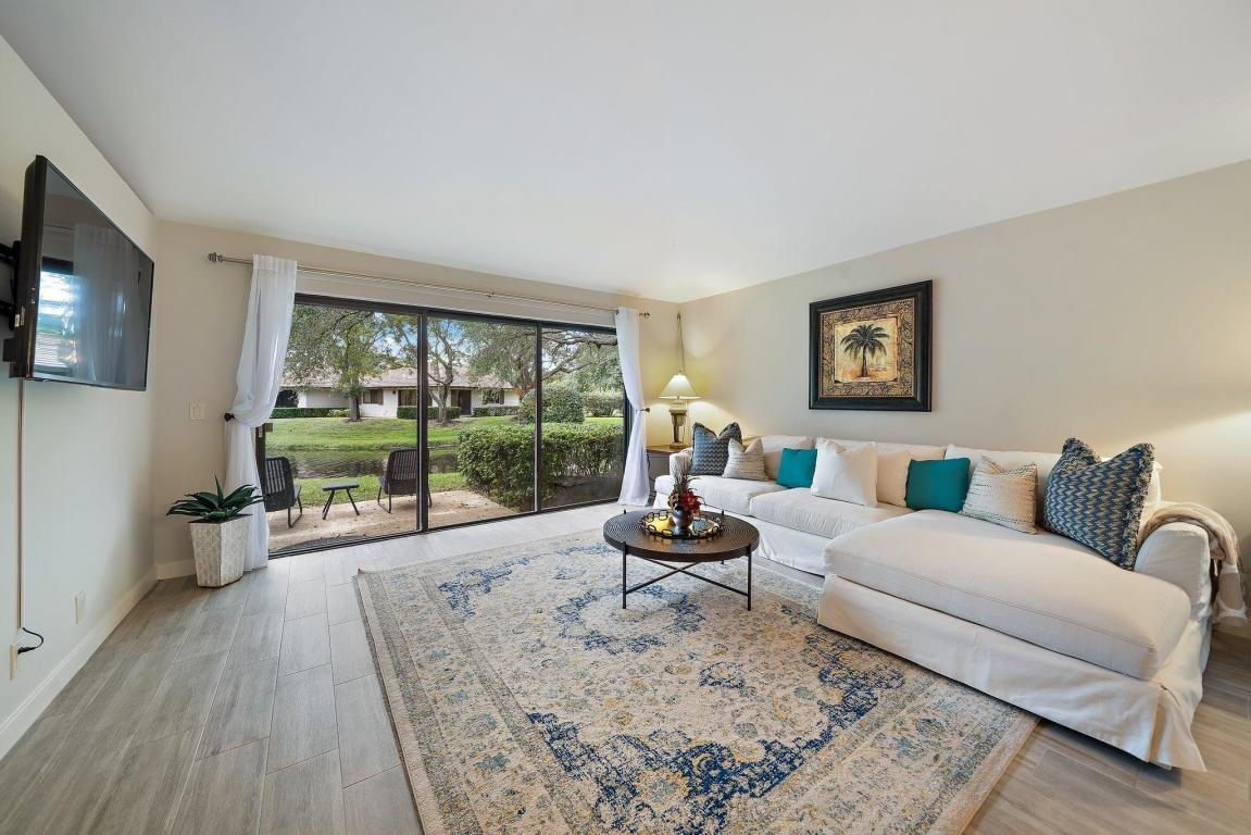 215 Club Drive, Palm Beach Gardens, FL, 33418