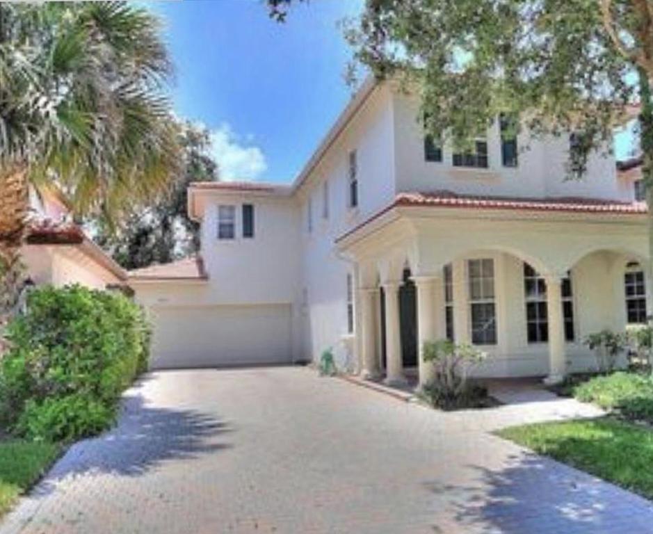 335 October Street, Palm Beach Gardens, FL, 33410