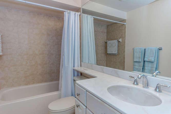 220 Club Drive 220, Palm Beach Gardens, FL, 33418