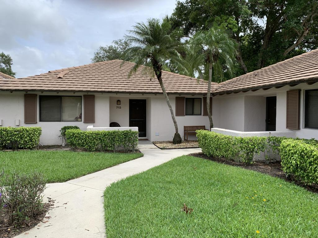 713 Club Drive, Palm Beach Gardens, FL, 33418