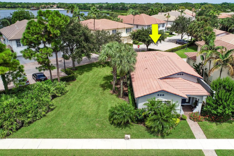 47 Stoney Drive, Palm Beach Gardens, FL, 33410