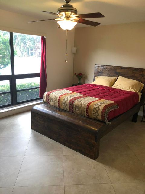 364 Brackenwood Circle, Palm Beach Gardens, FL, 33418