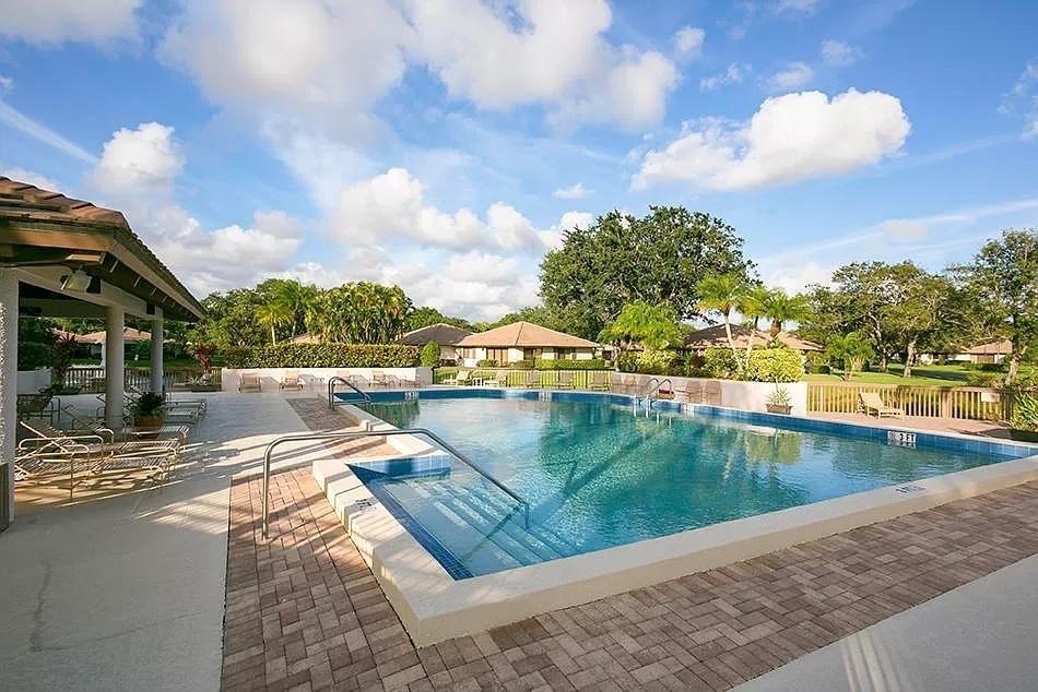 107 Club Drive, Palm Beach Gardens, FL, 33418