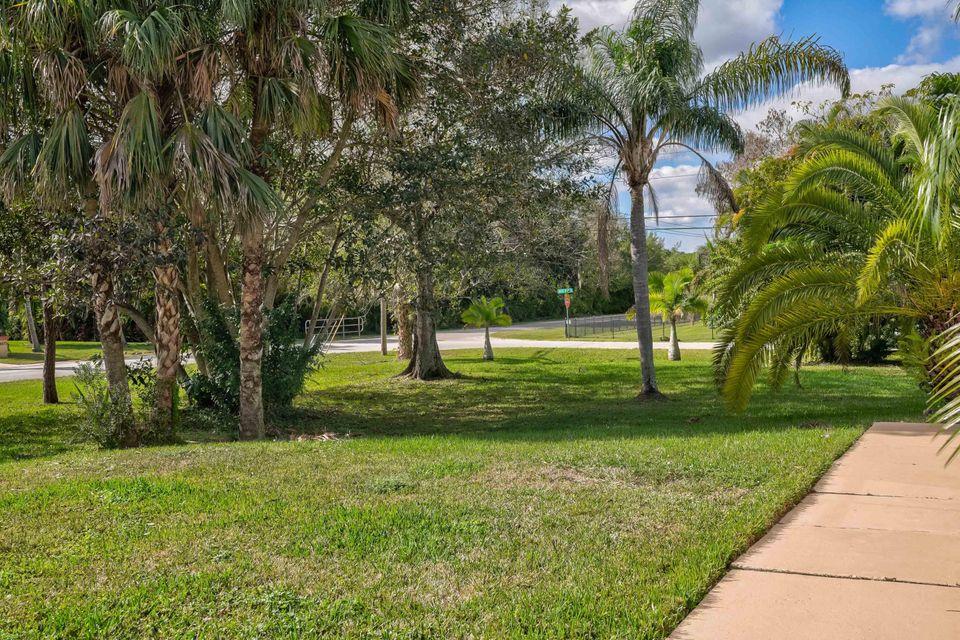 8671 155th N Place, Palm Beach Gardens, FL, 33418